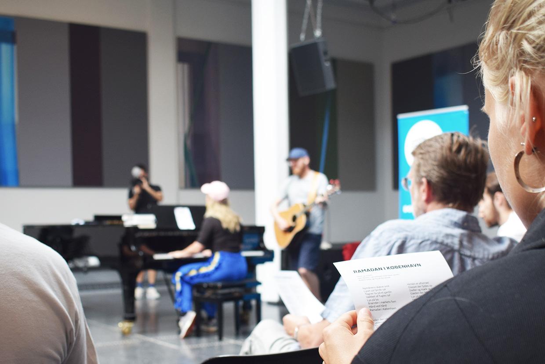 Johan Borups Højskole synger ramadan i KBH