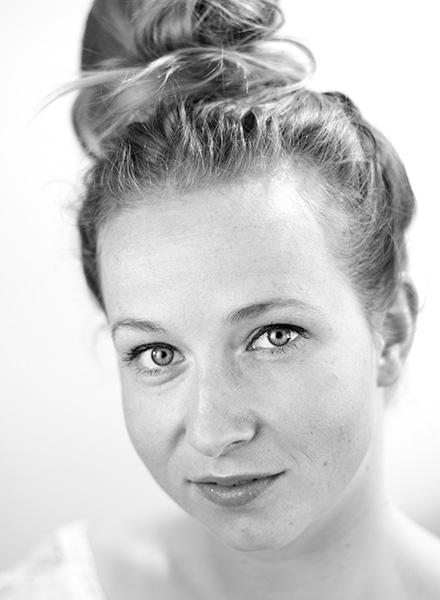 Ulla Vejby, skuespiller. Foto: Henrik Holmen. Johan Borups Højskole. Teater og scenekunst.