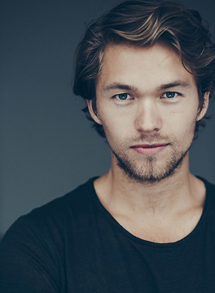 Jakob Oftebro, skuespiller. Foto: Andersen Heinrichsen. Gæsteunderviser på Teater & Scenekunstlinjen.