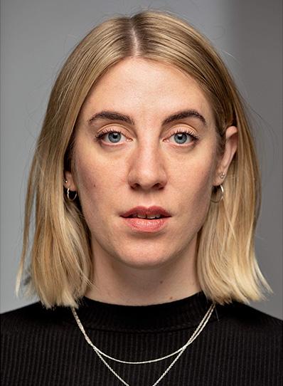 Kimmie Liv Sennov, skuespiller teater og scenekunst johan borups højskole