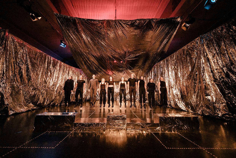 Johan Borups Højskole. Teater og Scenekunst efterår 2020. Jeg spejler mig i techno. Foto: Malthe Ivarsson