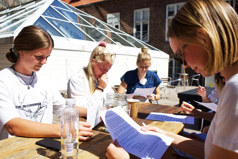 Flyt verden sommerhøjskole læger uden grænser msf johan borups højskole