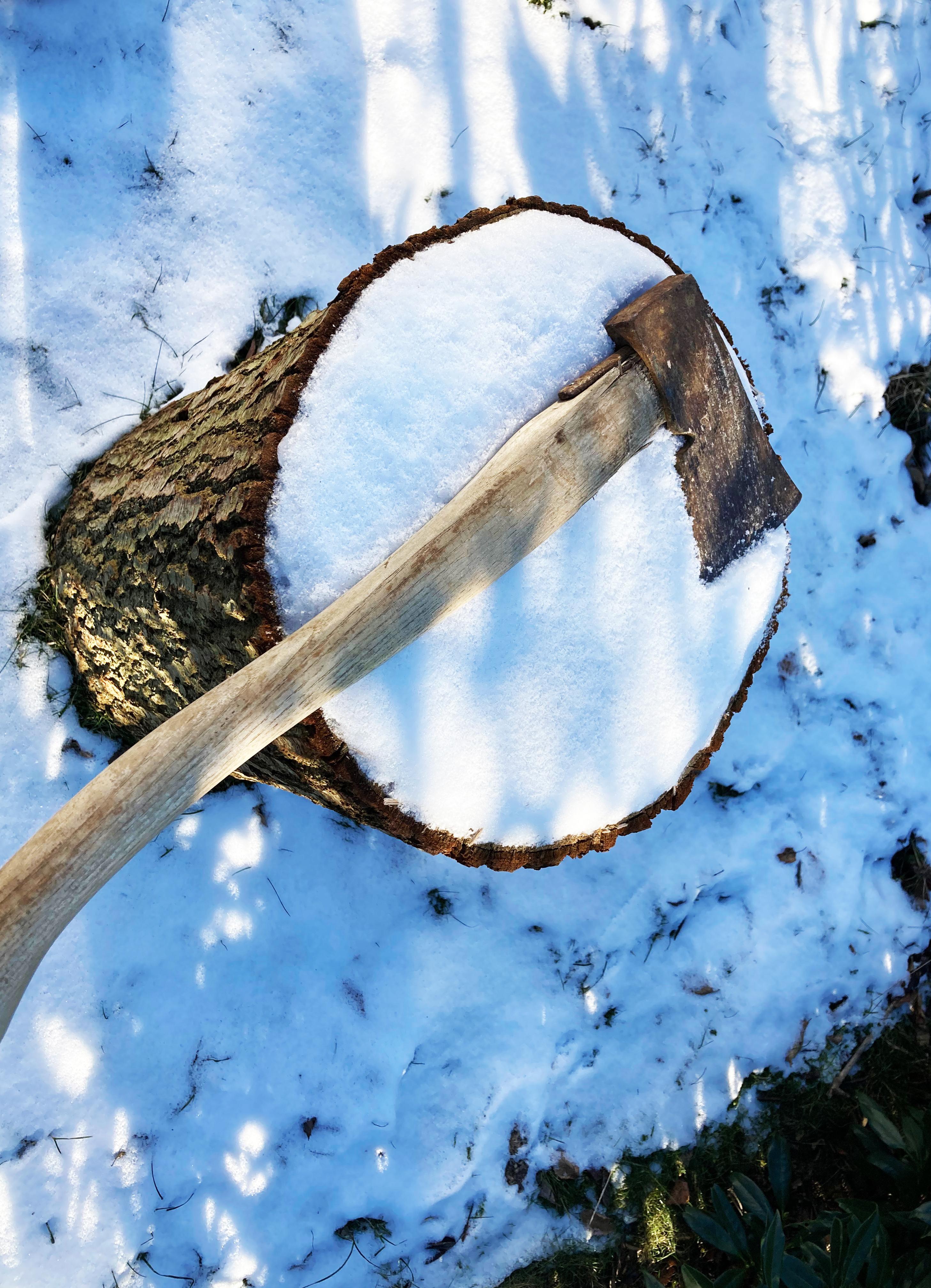 Økse brænde sne Torben Simonsen